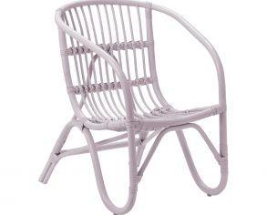 silla-para-nina-de-ratan-en-color-rosa